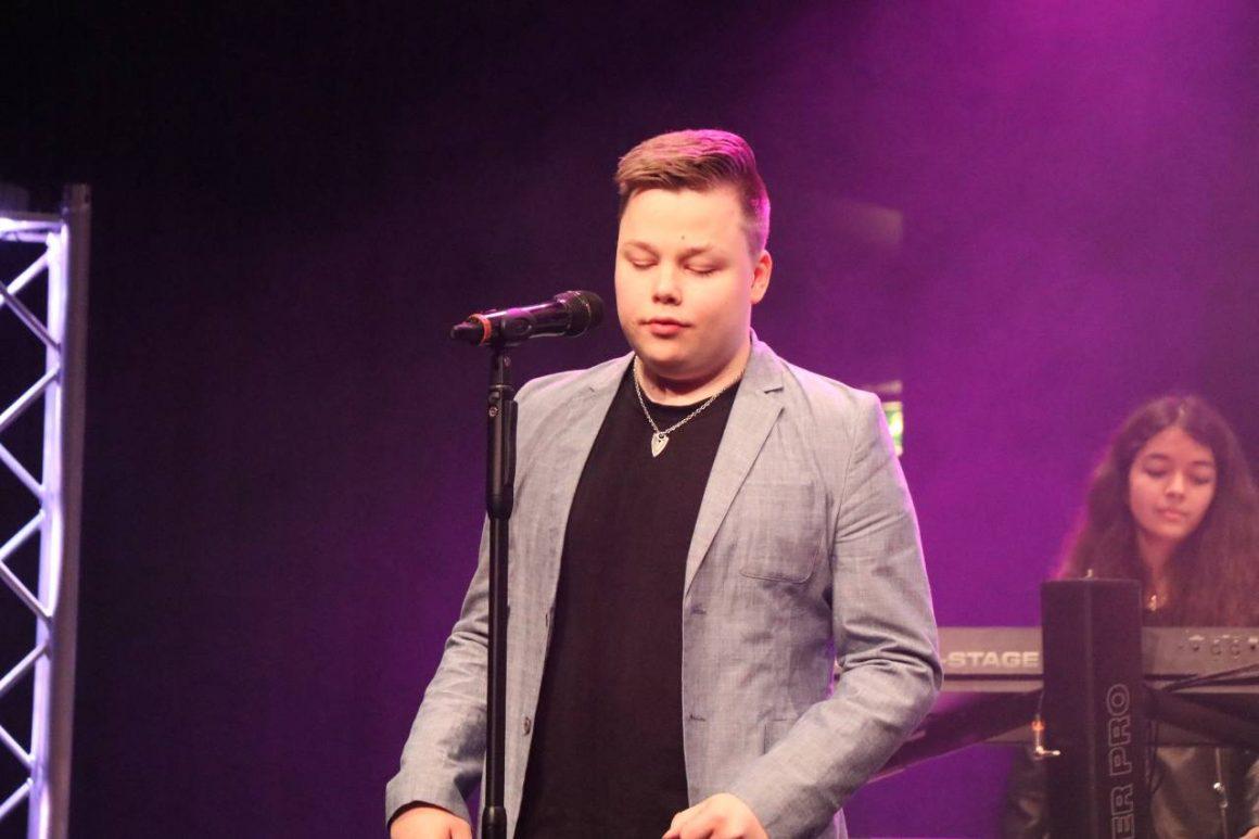 Suomipopin- ja rockin vauhdissa: Ville Köö